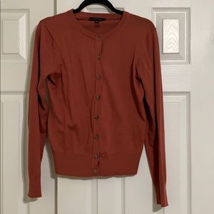Ann Taylor Rust Color cCree Neck Cardigan size M